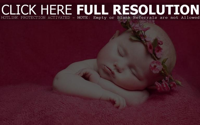 Cute Newborn Girl Sleeping Wallpaper